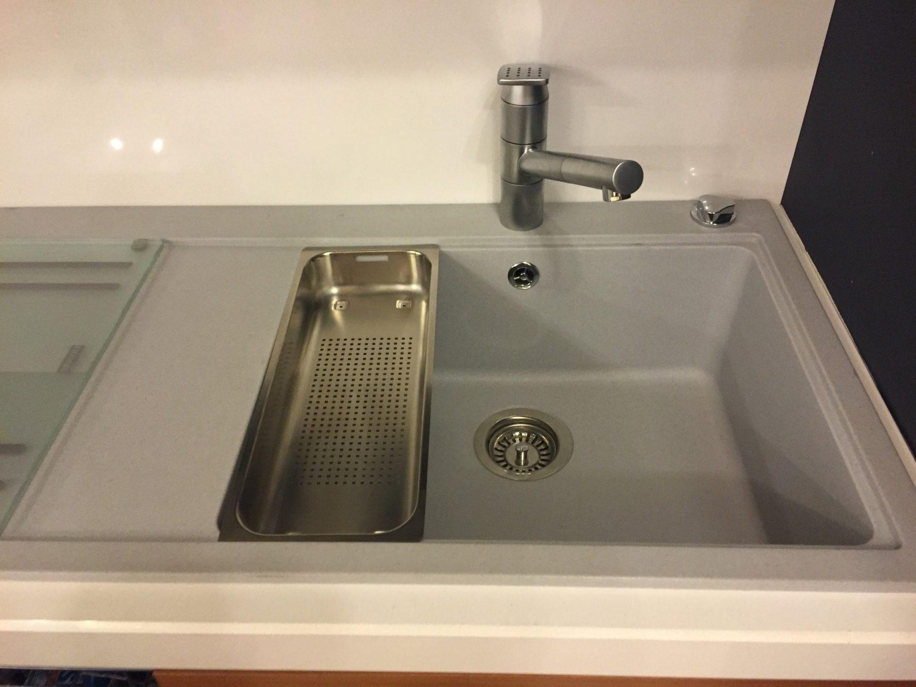 Lavello 1 vasca grande e sgocciolatoio fragranite franke con accessori arredamenti casarini - Vasca cucina fragranite ...