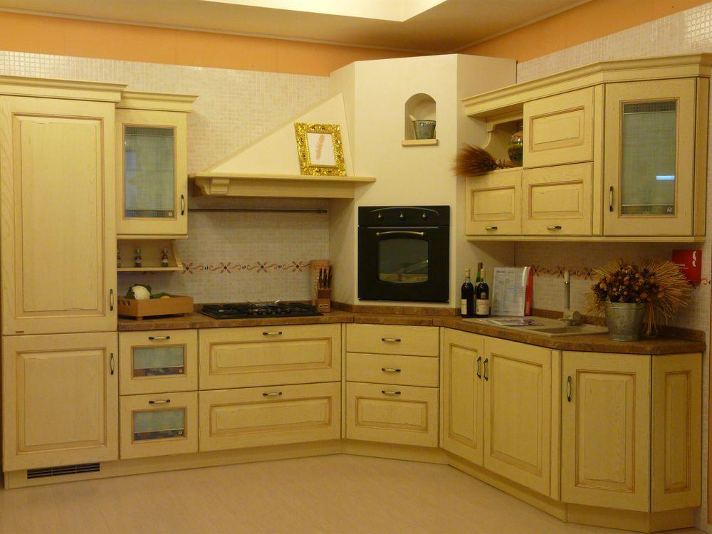 Occasione speciale cucina scavolini modello belvedere anta - Cucina color panna ...