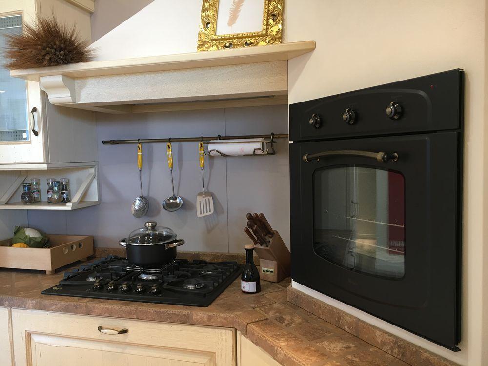 Occasione speciale Cucina Scavolini modello Belvedere anta massello ...